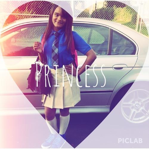 Nylaaa_Lighh(:'s avatar