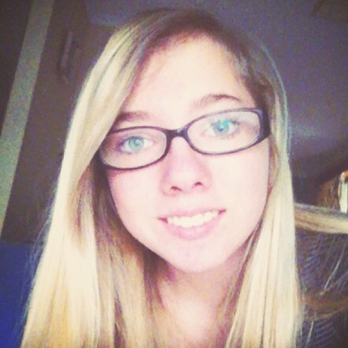 Alicia2196's avatar