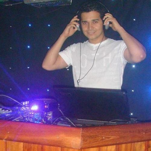 Thiago Arien's avatar
