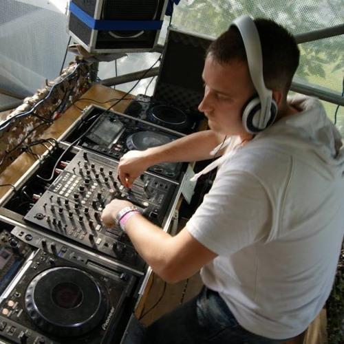 DJ Patt-E's avatar