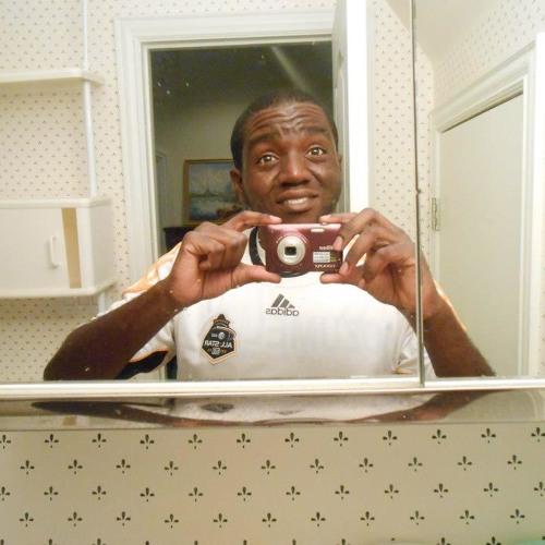 Andrew Oshobu's avatar