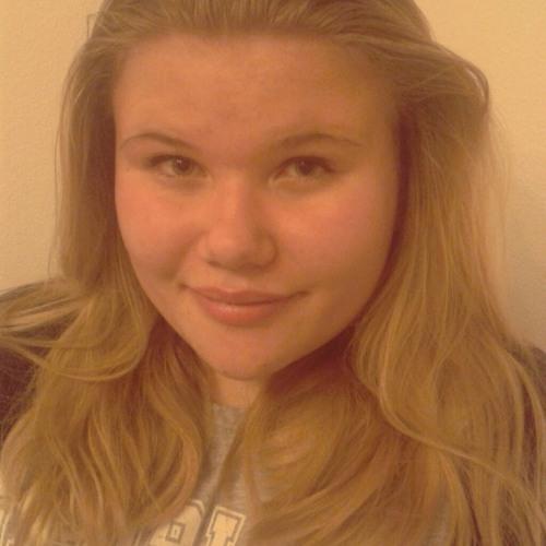 becca-griffin2210's avatar