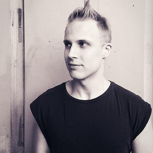 Simon EK's avatar