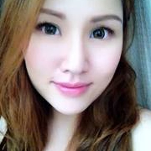 Celena Yong's avatar