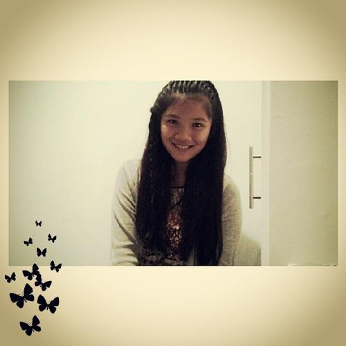 Andrea Glova's avatar