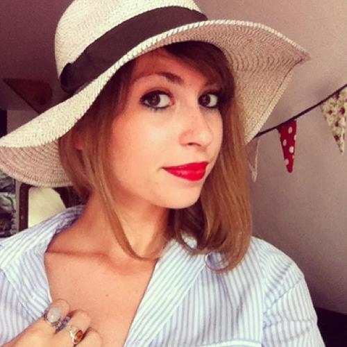 Louise Poulain's avatar