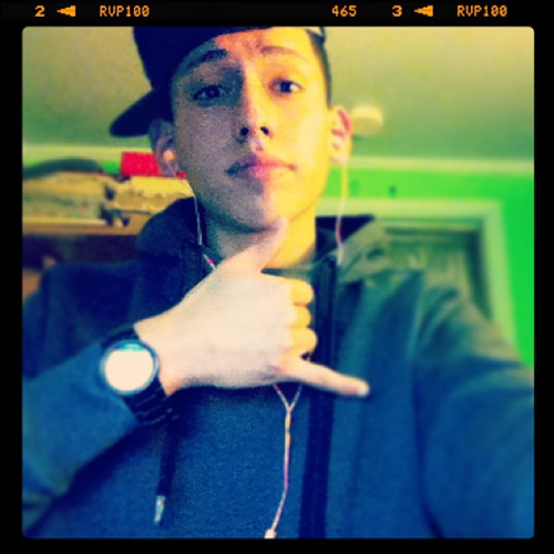 Emmanuel Rivera 3's avatar