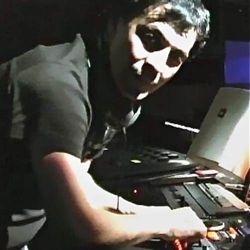 DJ SHAN's avatar