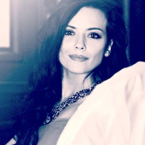 Ioana Ploisteanu's avatar