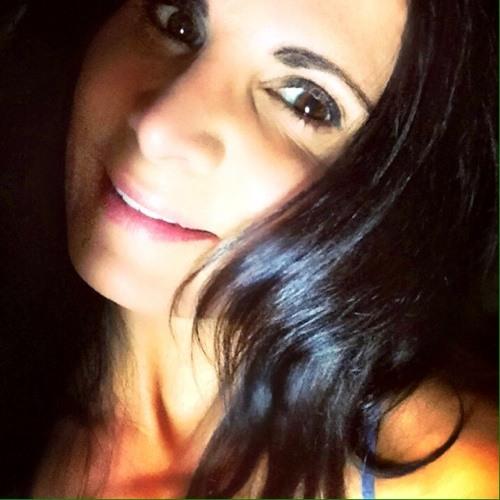 LulaBella's avatar