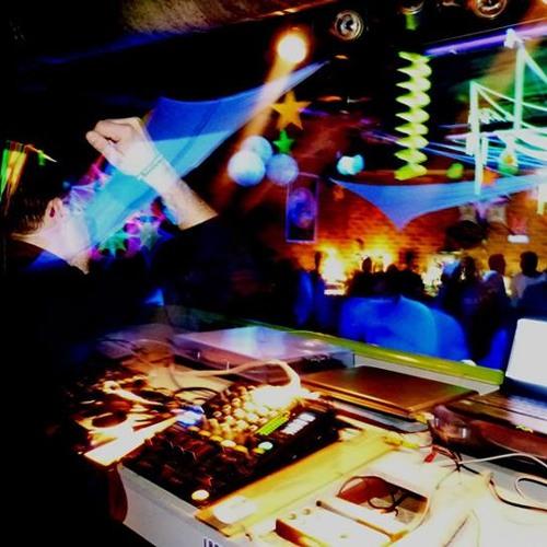 DeXteR-__- 2013 Live Demo :))