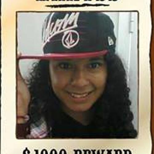 Lien Carranza's avatar