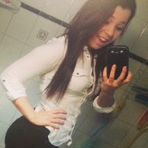 EvelynHughes16's avatar