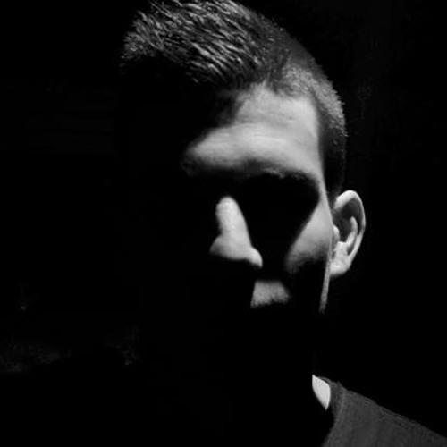 LUISE.'s avatar