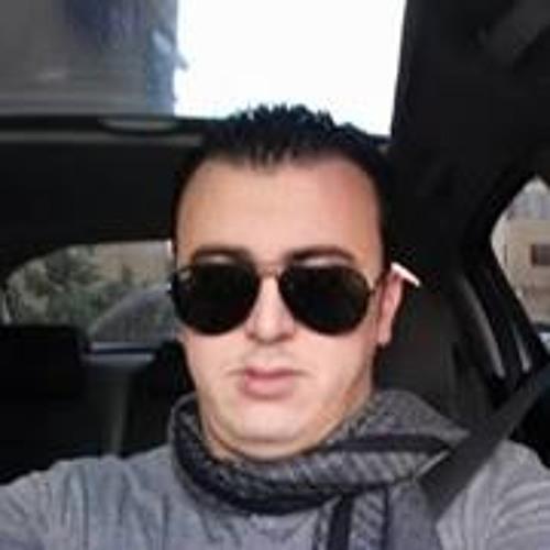 user887852528's avatar