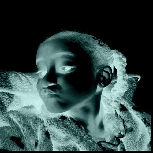 Ticia's avatar