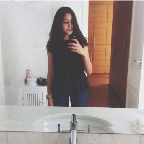 Khadija Rourou's avatar