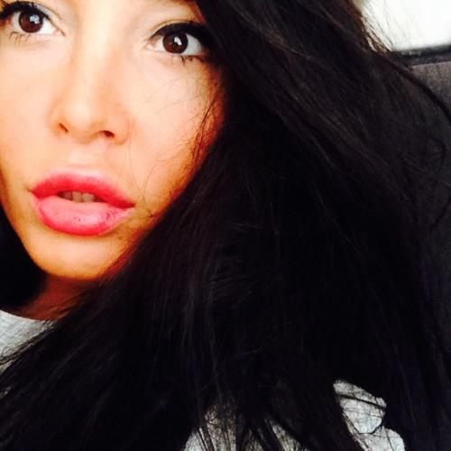 zeynepcayli's avatar