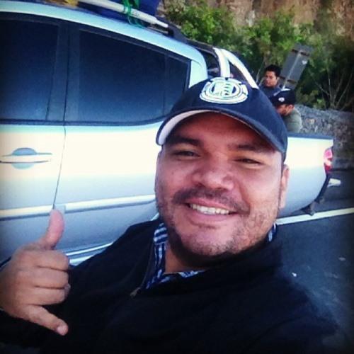 Víctor Rafael Flores's avatar