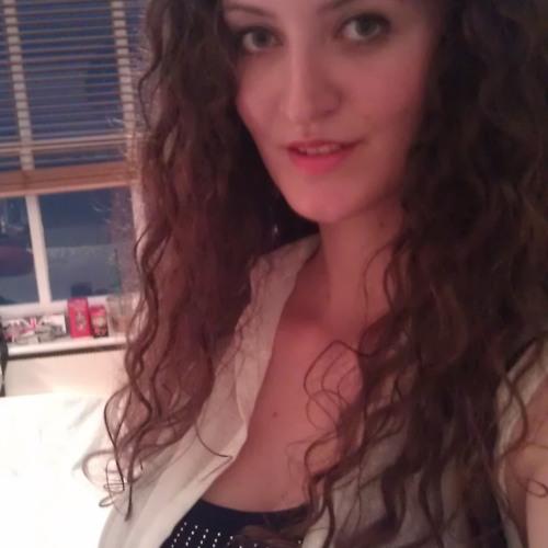 Irina Pană's avatar