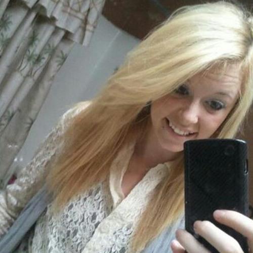 chelslyn327's avatar