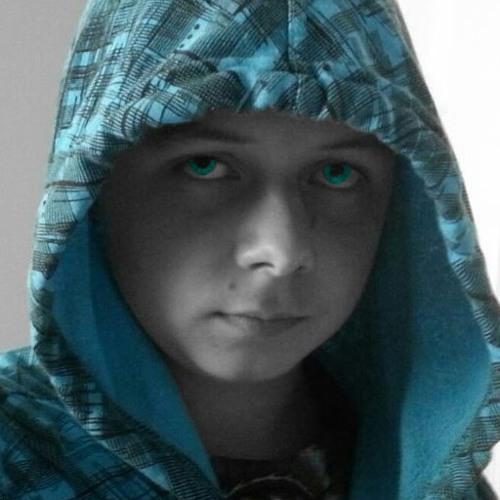 ev_snowhitequeen's avatar