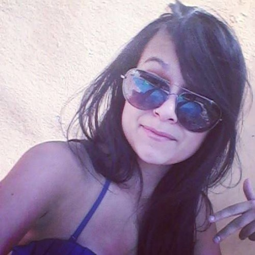 Caroline Muniz 3's avatar