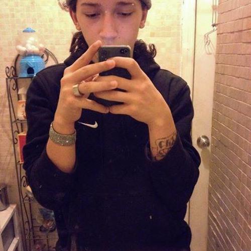 Deejay Lorenzo's avatar