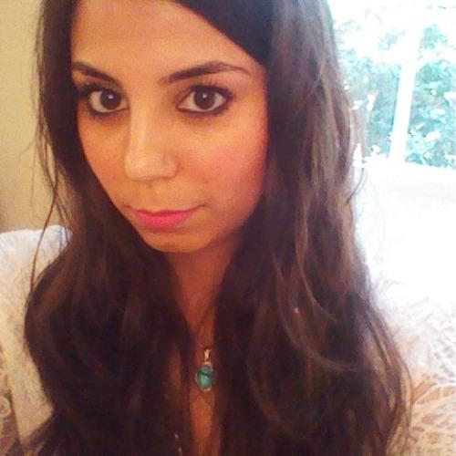 Nadia Saatsaz's avatar