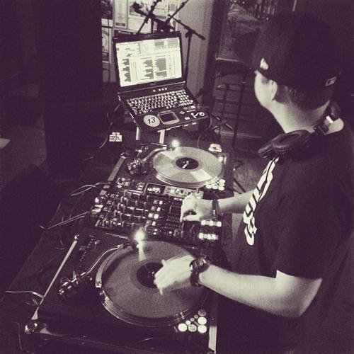 DJ LoFoSho's avatar