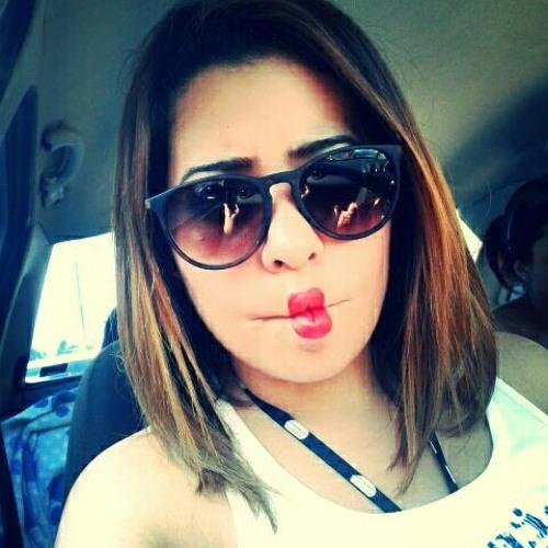 Nadia Weeds's avatar