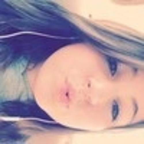 Chloe Rose 15's avatar