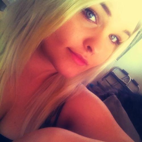 Ashlennicole's avatar