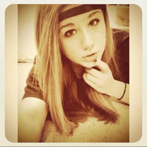 alivia_allen's avatar