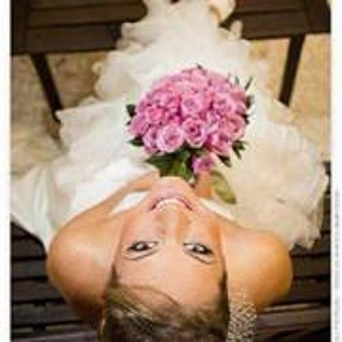 Juliana Hanke's avatar