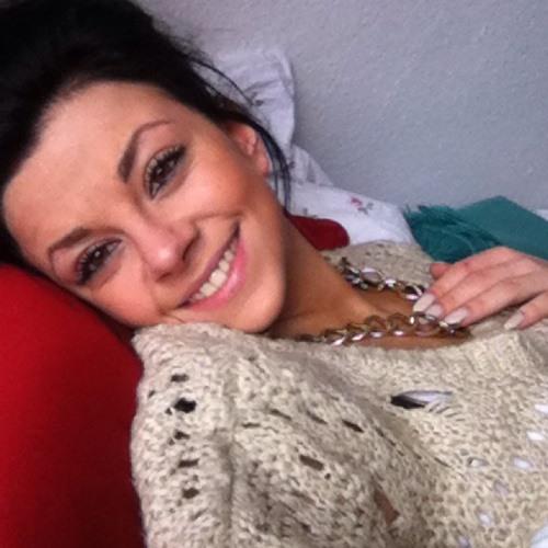 Nina Ibañez's avatar