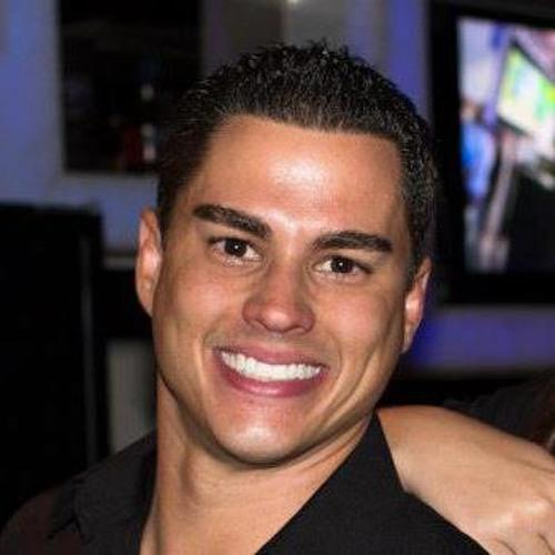 Rafael Bastos 30's avatar