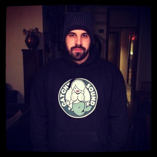 Nic Fabris's avatar