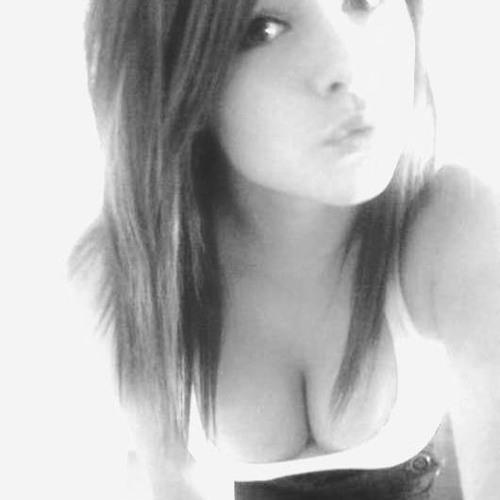 Laura Rivera 35's avatar