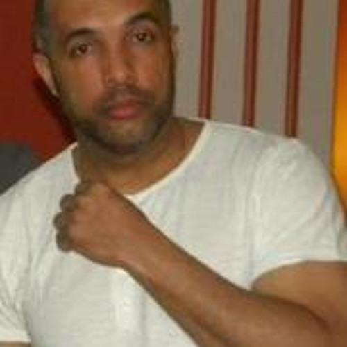Carlos Pereira 106's avatar