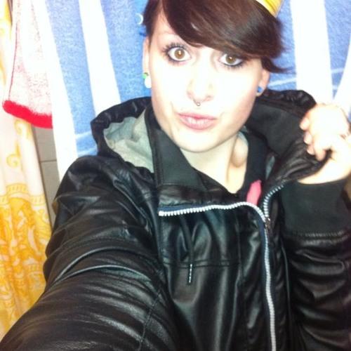 **TeRRorZWerG_LiVe**'s avatar