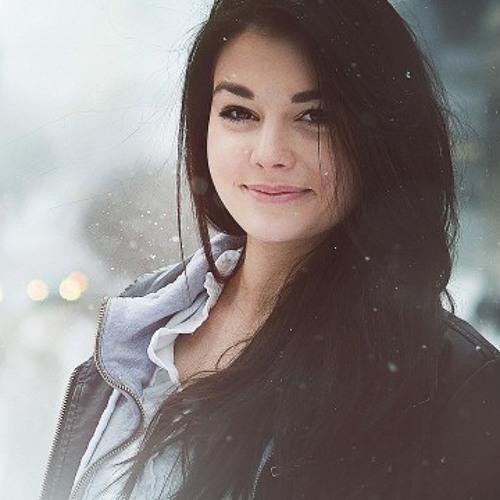 Nicole1123's avatar
