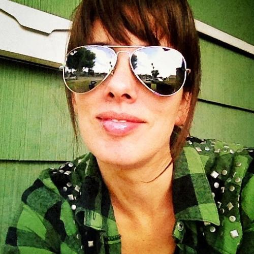 Flor Guzzetti's avatar