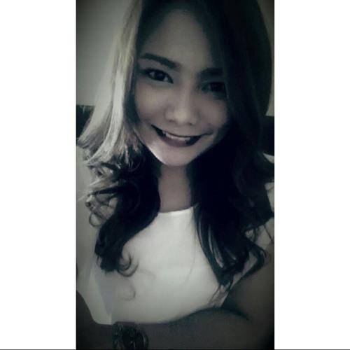 Ivee Aquino's avatar