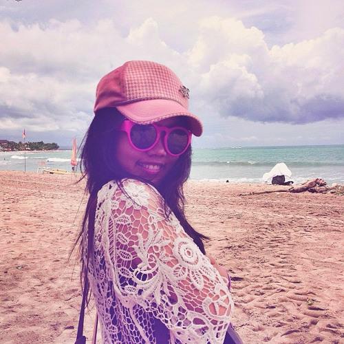 Miss Veby's avatar