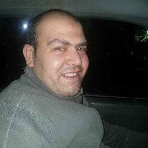 moustafa mahmood's avatar