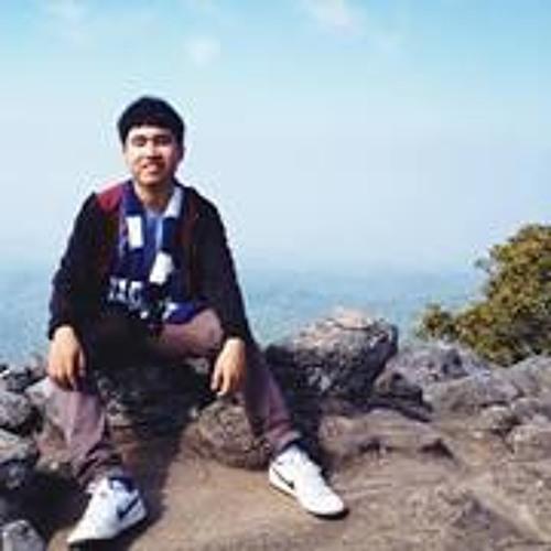 Champ Phatphong's avatar