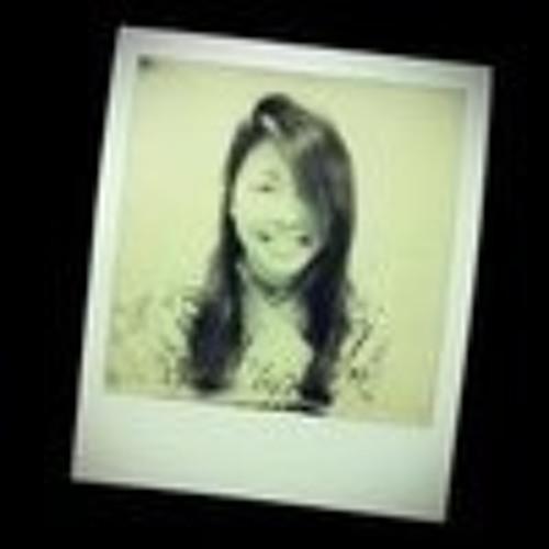 Alice Le's avatar