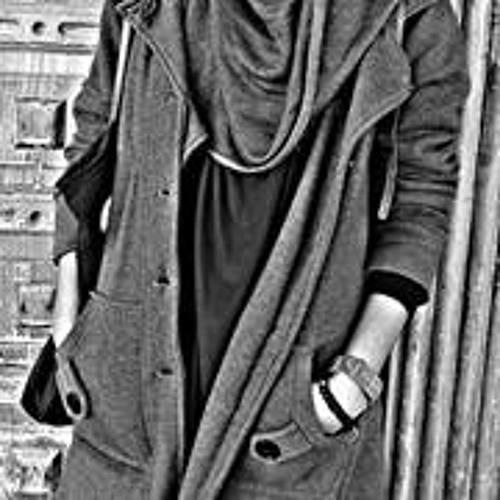 Maryam Raja 1's avatar
