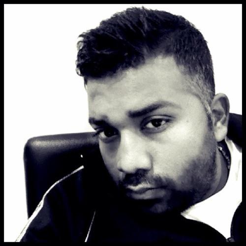 Santosh Dharmalingam's avatar